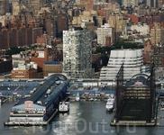 Здание IAC Building © Frank Gehry и 100 Eleventh Avenue © Jean Nouvel, Челси, Манхэттен, Нью-Йорк