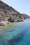 """о.Кекова.Побывав здесь, знаменитый капитан Кусто был поражен чистотой моря и красотой подводного мира, что нашло отражение в его известной """"Одиссее""""."""