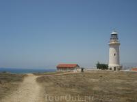 маяк в центре парка Пафос