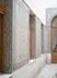 вот такой яркой  мозаикой  выложены стены  арабского  дворика