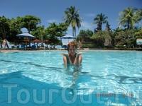Наш любимый бассейн с видом на океан