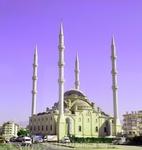 мечети повсюду...