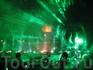 Шоу танцующих фонтанов (лазером была испорчена матрица фотоаппарата, и на следующих фото пошли черные линии)