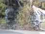водопады вдоль всей дороги