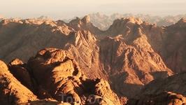 Не правда ли, эти скалы необыкновенной красоты!