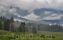 Горы в облаках, хребет Абишира-Ахуба