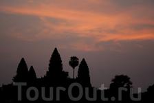 Ангкор-Ват на рассвете