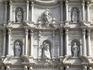 Барочный фасад Кафедрального Собора Жироны, созданный в 18-м веке.
