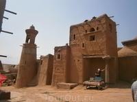 у старой мечете