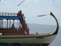 на экскурсии в мальдивскую рыбацкую деревню....