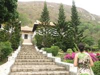 Вход в женский монастырь