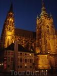 Это главный католический собор страны, резиденция пражского архиепископа, место погребения многих чешских королей и архиепископов и место хранения коронационных ...