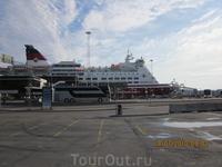 Паром Viking Line в терминале Стокгольма