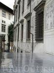 Пиза Перед входом во дворец Кавальери.