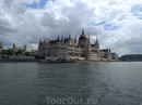 г.Будапешт. Вид с Дуная на Парламент.