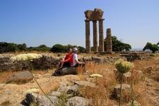Разрушенный замок богини Афины