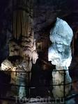 в пещере Постойна Яма