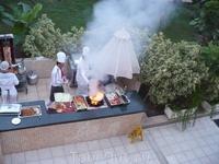 Ужин в отеле - готовят с радостью - файер шоу.