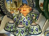 В вот такие клевые чайники продают на самаркандском базаре