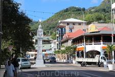 Столица Сейшельских островов город Виктория- одна из маленьких  столиц в мире. Виктория была основана в 1778г. и названа в честь английской королевы. Самое ...