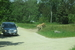 В сафари-парке животные свободно перемещаются в огромных вольерах, а вот люди ограничены пространством собственной машины.