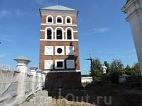 Замковая башня.