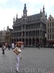 Брюссель.  Дом  Короля на  Гран - Плас ,  в  котором ныне  Музей  коммун  Брюсселя.