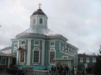 Еще один храм. Надвратный Богоявленский собор.