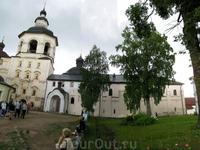Панорама. Колокольня + церковь Введения с трапезной палатой.