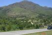Дорога до Куритибы. Очень живописные окресности- зеленые холмы, высокие горы чередуются с тропическими лесами