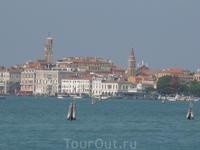 Вид на Венецию с борта парома