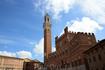 Палаццо Пубблико с башней Торре дель Манджа