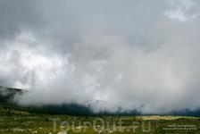Облака гуляют. Природный парк Уч Энмек.