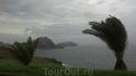 Прекрасное место для трекинга. Нашел случайно - за Канико, в самой восточной части острова. Нетронутая природа. Красиво