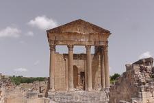 Фасад Капитолийского храма