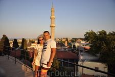 На часовой башне в старом городе Родоса