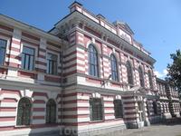 Здание авиационного института в 1897 году было сооружено на деньги купца и мецената как Низшее механико-техническое училище.