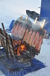 Это блюдо называлось форель на огне.