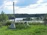 Деревня Заозерье расположена на берегу Вачозера. Озеро довольно большое, однако по нему разбросаны острова, которые мешают рассмотреть его настоящие р