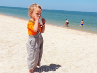 Серьезный подход к солнцу с детства!!!