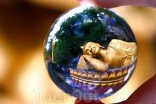 Буда в хрустальном шаре