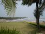 В районе Хуа-Хина находится летняя резиденция тайского короля, возможно поэтому количество иностранцев на 1м2 там на порядок ниже чем в иных курортных ...