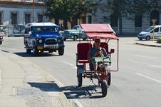 На Кубе транспорт(авто) делится на 3 поколения:1) американский раритет 2) советские авто 3) японки, корейские и китайские