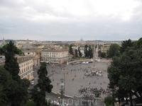 Вид на площадь Poppola.