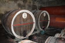 Аренийский винный завод основан в 1994 году в селе Арени, где тысячелетиями делают вино из одноименного сорта винограда. Это совсем небольшое хозяйство ...