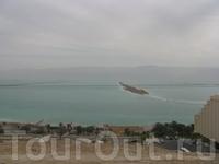 Мертвое море, один из самых удивительных водоемов планеты — курорт, лечебница и аттракцион «в одном флаконе»