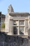 Древнеримское окно - одна из главных достопримечательностей Ле-Бо-де Прованса.