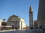 Главная достопримечательность Умага - однонефная  приходская церковь Вознесения Девы Марии (начало постройки 1730) с звонницей.