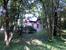Хотя с утра было немного прохладно, но в парке было тихо, практически никого не было. На одной из аллей набрели на вот этот домик Маленькое шале королевы (El Chalecito de la Reina), построенный в тиро