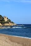 такие крепости в испании по моему на каждом побережье есть)